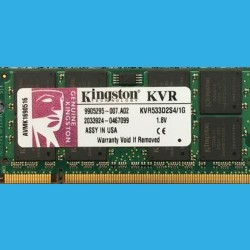 KINGSTON 1GB KVR533D2S4/1GO --  AVMK1690516  DDR2-533MHz